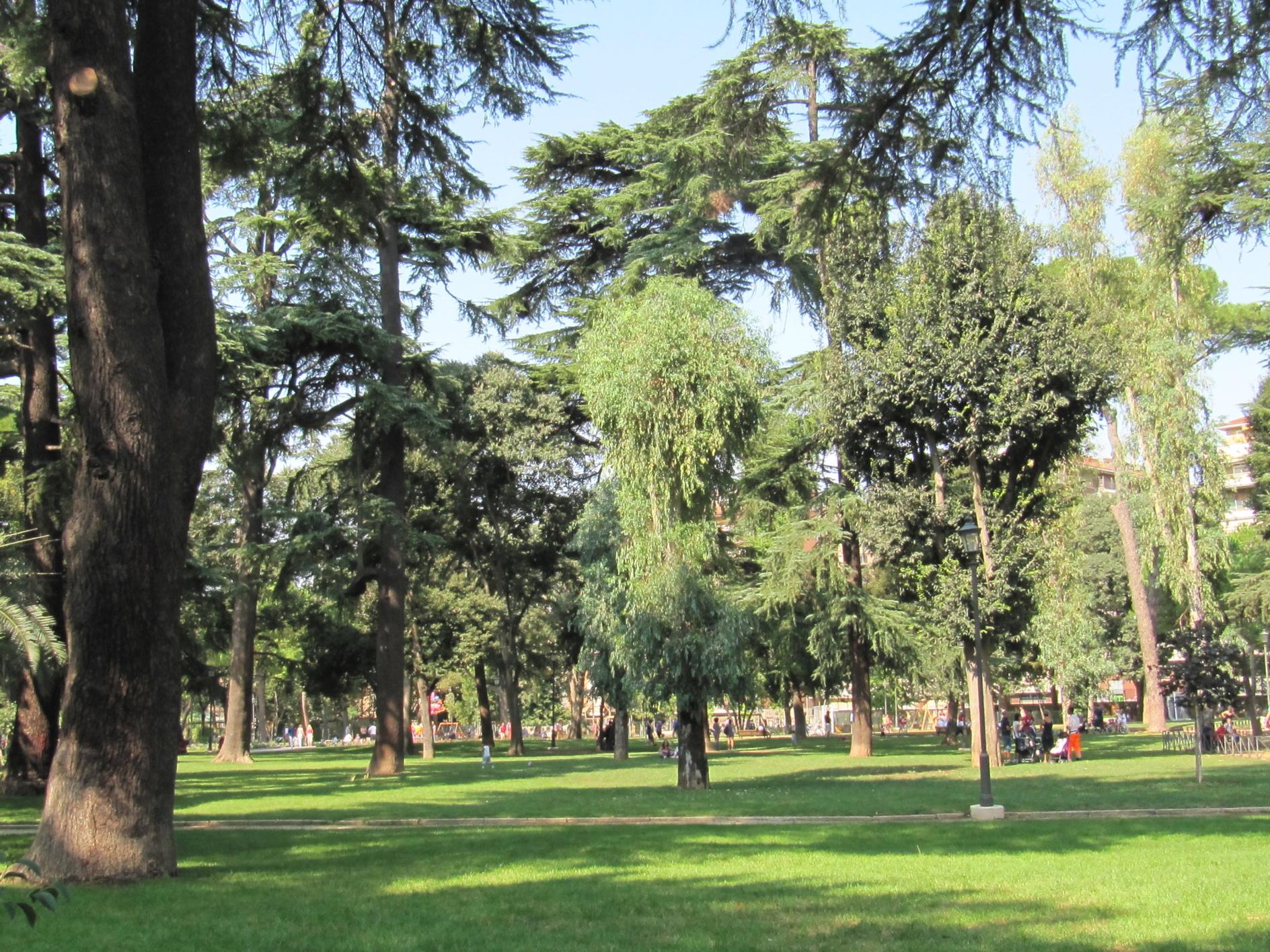 Villa Lazzaroni Alberi Roma